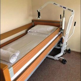 Profile bed and mobile hoist